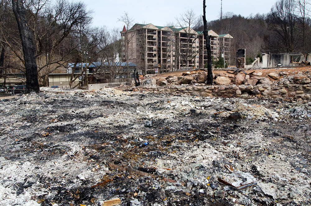 Burned 02 - Elk Springs Resort