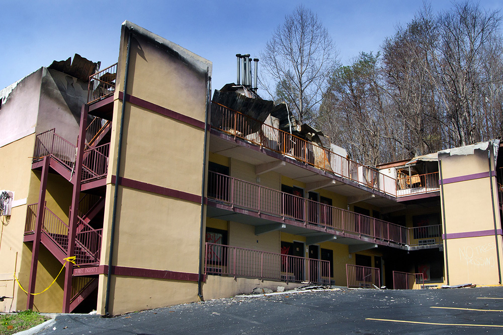 Burned 13 - Country Town N' Suites
