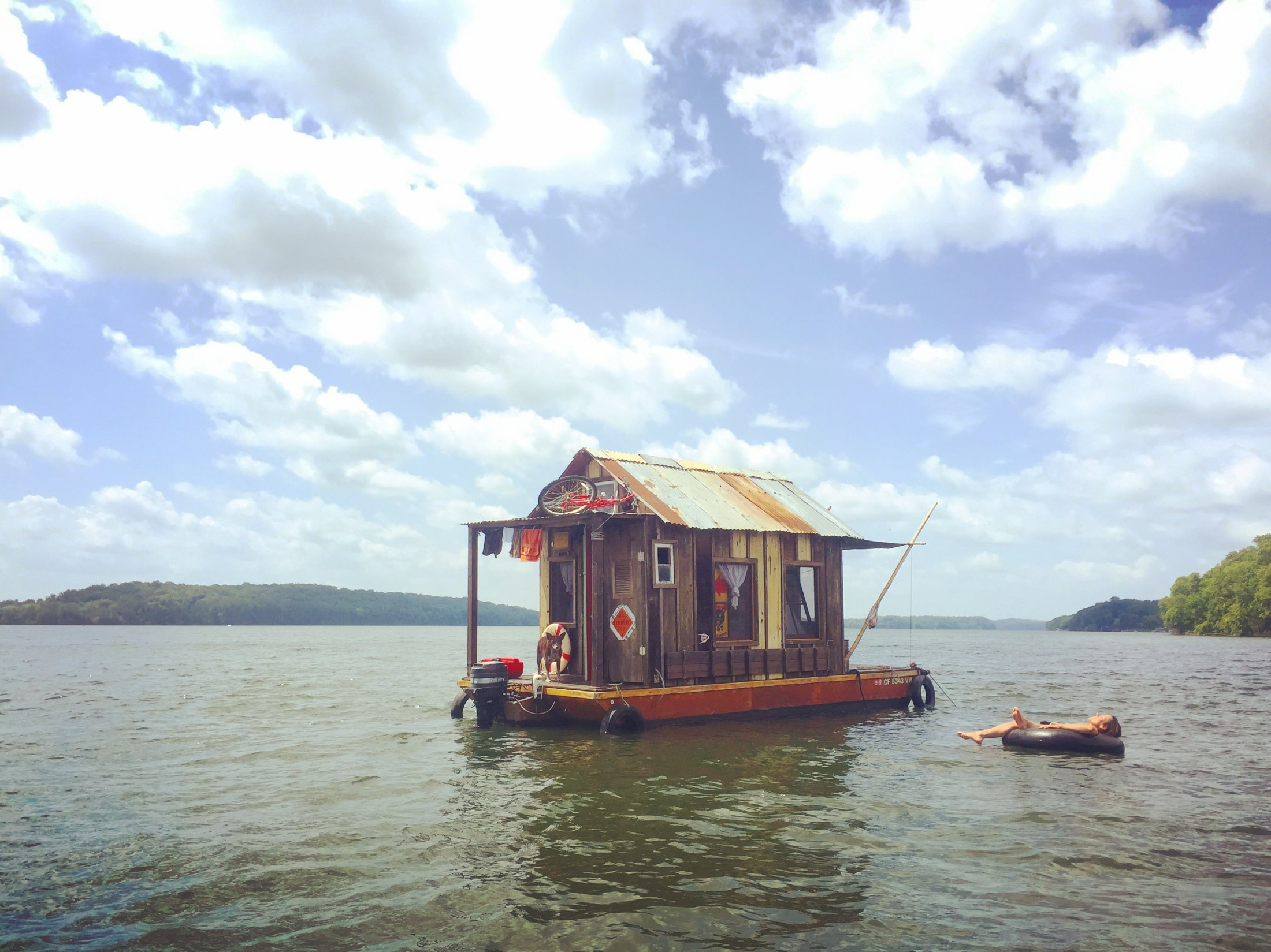 The shantyboat Dotty