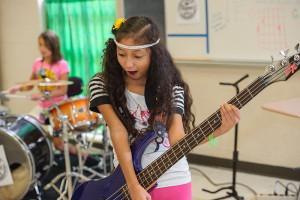 Ashlyn of The Daring Hues at Knoxville Girls Rock Camp
