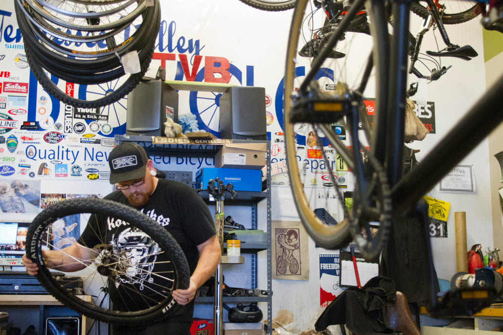 Master bike mechanic Dave Tuttle, 29, replaces a busted cassette hub at Tennessee Valley Bikes in the Old City on Weds., Sept. 30, 2015. Photo by Clay Duda.