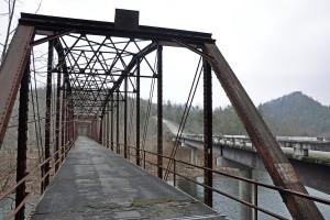 OUTDOORS_v2i06_Bridges