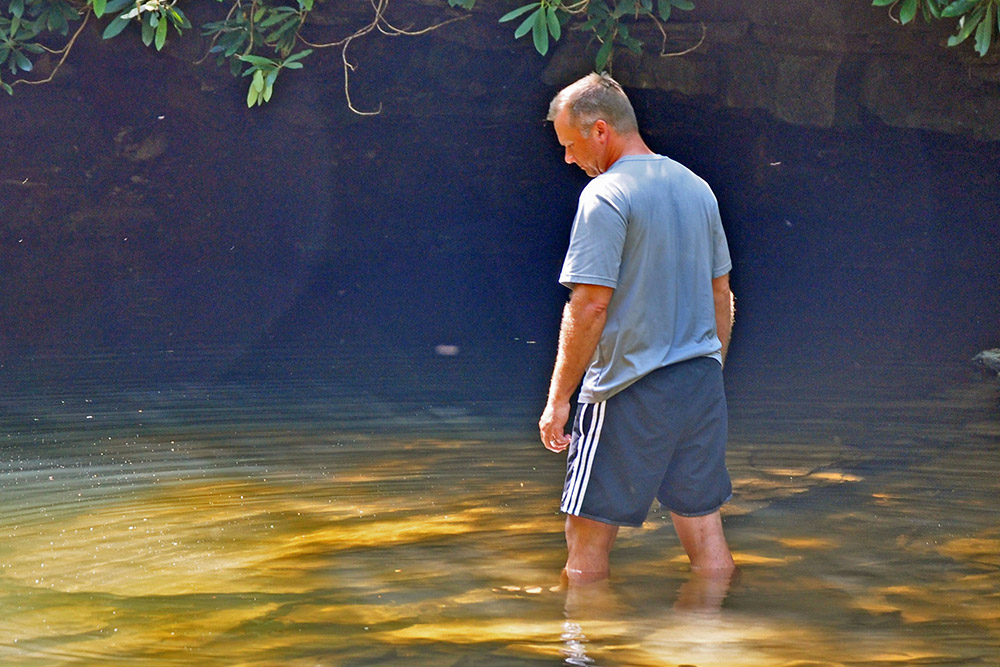 OUTDOORS_0630_Wading