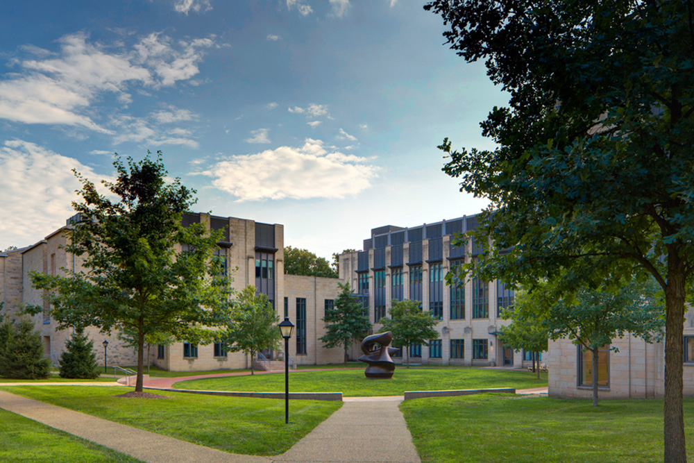Mathematics and Science Complex, Kenyon College, Gambier, Ohio, Gund Partnership, Boston, MA (2001).