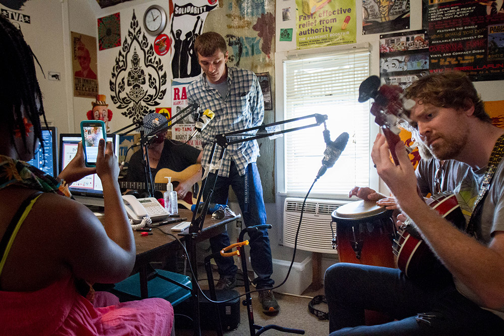 Southern Cities performs live during a broadcast of Down 2 Brunch, a weekly radio show on WOZO 103.9 in Knoxville.2 Brunch, a weekly radio show on WOZO 103.9 in Knoxville.