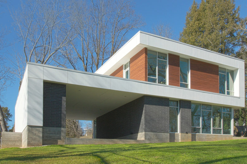 Architect Chad Boetger Designs His Own Dream House in Holston Hills ...