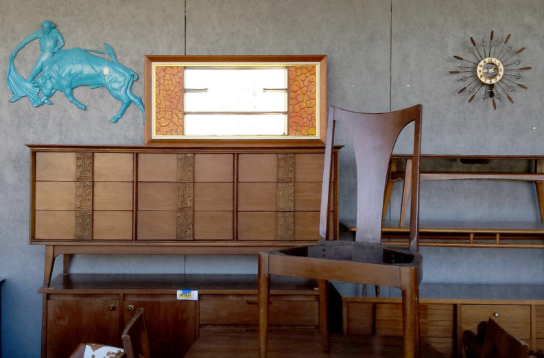 Scouting For Midcentury Modern Decor In Knoxville Resale Shops